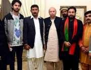 لاہور: تحریک انصاف پنجاب کے سابق آرگنائزر چوہدر محمد سرور کا پارٹی ..