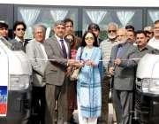 کراچی: وزیر اعلیٰ سندھ کی معاون برائے ثقافت و سیاحت شرمیلا فاروقی کراچی ..