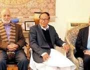 لاہور: مسلم لیگ (ق) کے صدر و سابق وزیر اعظم چوہدری شجاعت حسین سے سپین ..