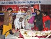لاہور: پاکستان ریڈ کریسنٹ یوتھ ونگ سوسائٹی کے زیر اہتمام گورنمنٹ کالج ..