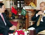 لاہور: وزیر اعلیٰ پنجاب محمد شہباز شریف سے چین کے قونصل جنرل یوبورن ..