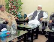 لاہور: جماعت اسلامی کے سیکرٹری جنرل لیاقت بلوچ سے بلوچستان نیشنل پارٹی ..