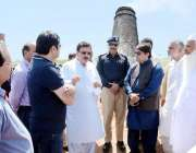 لاہور: صوبائی وزیر محنت راجہ اشفاق سرور مختلف بھٹہ خشت پر چائلڈ لیبر ..
