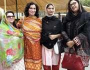 لاہور: مسلم لیگ (ن) کی رکن صوبائی اسمبلی کنول نعمان کا بیرن ہیمبرج سے ..