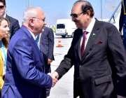 استنبول: صدر مملکت ممنون حسین کو اتا ترک انٹر نینشل ایئرپورٹ پر ترک ..