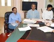 لاہور: ڈی سی او لاہور کیپٹن (ر) عثمان ٹیچرز کے خلاف محکمانہ انکوائریز ..
