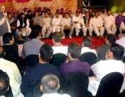 لاہور: تحریک انصاف پنجاب کے صدارتی امیدوار چوہدری محمد سرور یوم تاسیس ..