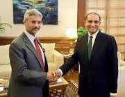 نئی دہلی: پاکستان کے سیکریٹری خارجہ اعزاز چوہدری بھارتی ہم منصب جے ..
