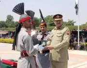 منڈی بہاؤالدین: کمانڈر راولپنڈی کور لیفٹیننٹ جنرل ملک ظفر اقبال ہلال ..