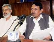 پشاور: تنظیم اساتذہ کے ڈائریکٹر مصباح اسلام عابد پریس کانفرنس سے خطاب ..