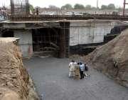 ملتان : میٹرو بس منصوبے کے پیپلز کالونی کے مقام پر تعمیر ہونے والے میٹر ..