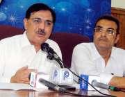 پشاور: پاکستان پیپلز پارٹی کے صوبائی رہنما، ہمایوں خان پریس کانفرنس ..