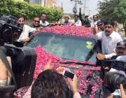 لاہور: سابق وزیر اعظم یوسف رضا گیلانی کے بیٹے علی حیدر گیلانی کا بازیابی ..