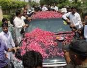لاہور: سابق وزیر اعظم یوسف رضا گیلانی کے بیٹے علی حیدر گیلانی بازیابی ..