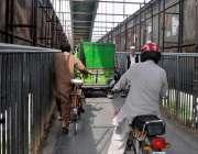 اسلام آباد: ٹریفک پولیس کی نا اہلی ، پیدل چلنے والوں کے لیے بنائے جانیواے ..