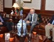 اسلام آباد: پی ٹی آئی کے رہنما ڈاکٹر شہزاد وسیم سے امریکن امبیسی کا ..