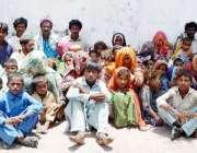 حیدر آباد: سانگھڑ کے زمیندار کی مبینہ نجی جیل سے بازیاب ہونیوالے ہاری ..