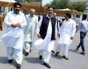 لاہور:اپوزیشن لیڈر پنجاب اسمبلی میاں محمود الرشید پنجاب اسمبلی کے ..