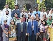 لاہور: گورنمنٹ کالج یونیورسٹی لاہور کے تربیتی پروگرام مکمل کرنیوالے ..