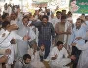 لاہور: پنجاب ٹیچرز یونین کے زیر اہتمام مال روڈ پر دھرنا دیئے بیٹھے اساتدہ ..