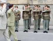 پراگ: چیک ریپبلک کے ایک روزہ دورہ کے موقع پر آرمی چیف جنرل راحیل شریف ..