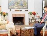 اسلام آباد: چیئرمین پاکستان تحریک انصاف عمران خان حامد میر سے گفتگو ..