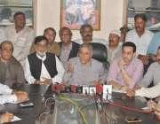لاہور: پیپلز پارٹی کے ممبر کوآرڈینیشن کمیٹی چوہدری منظور احمد ماڈل ..