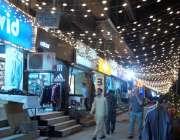 اسلام آباد: عید کی آمد کے موقع پر مارکیٹوں کو لائٹوں کے ذریعے سجایا ..
