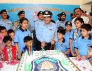 اسلام آباد: انسپکٹر جنرل آف پولیس اسلام آباد طارق مسعود یٰسین سمر سکول ..