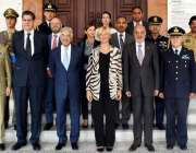 راولپنڈی: وزیر دفاع خواجہ آصف کا اطالوی وزیر دفاع سین روبرٹاپنوٹی اور ..