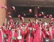 لاہور: شالا مار میڈیکل اینڈ ڈینٹل کالج کے دوسرے کانووکیشن کے موقع پر ..