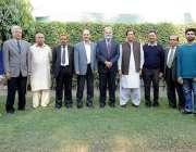 لاہور: مسلم لیگ (ق) کے سینئر رہنما چوہدری پرویز الٰہی کا تحریک انصاف ..