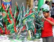 حیدر آباد: عید ملاد النبی(ص) کے حوالے سے سبز جھنڈے اور مختلف اشیاء فروخت ..