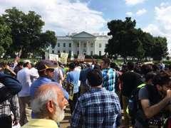 WASHINGTON: Activists of Tehreek Nifaz Fiq Jaffariya hold demonstration in connection with Youm e Inhidam Jannat ul Baqee in Washington.