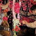 راولپنڈی: امام زین العابدین کی یاد میں کڑیاں والا تابوت تیار کر رہے ہیں۔
