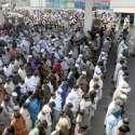 لاہور: سانحہ فیروز پور روڈ میں شہید ہونیوالے دو کانسٹیبل بھائیوں کی نماز جنازہ ادا کی جار ہی ہے۔