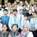 لاہور: صوبائی وزیر ترقی خواتین حمیدہ وحیدالدین کا گوجرانوالہ بورڈ آف انٹر میڈیٹ اینڈ سیکنڈری ایجوکیشن کے سالانہ امتحانات میں پوزیشن ہولڈرز طلباء و طالبات کے ہمراہ گروپ فوٹو۔