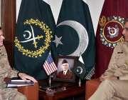 راولپنڈی: آرمی چیف جنرل قمر جاوید باجوہ سے امریکی سینٹرل کمانڈ کے کمانڈر ..