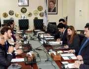 اسلام آباد: وفاقی وزیر تجارت انجینئر خرم دستگیر سے امجد محمود کی قیادت ..
