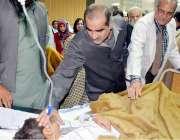بہاولپور: وفاقی وزیر ریلوے خواجہ سعد رفیق ٹرین حادثے میں زخمی ہونیوالے ..