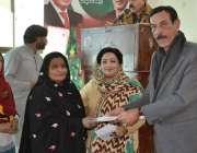 کوئٹہ: رکن صوبائی اسمبلی انیتا عرفان کی جانب سے رکن صوبائی اسمبلی طاہر ..