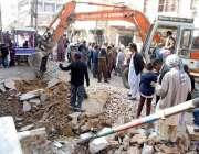 حیدر آباد: ضلعی انتظامیہ کی طرف سے جاری آپریشن کے دوران گدس ناکہ کے ..