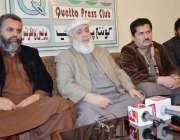 کوئٹہ: مسلم ہینڈز انٹر نیشنل کے سربراہ سید لخت حسنین اور چیئرمین خدمت ..