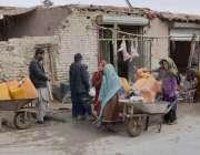کوئٹہ: صوبائی دارالحکومت میں پینے کے پانی کی قلت کے باعث بچے سمنگلی ..