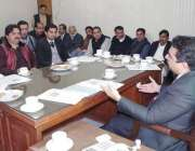 قصورء وفاقی وزیر سینیٹر کامران مائیکل ممبران ضلع کونسل سے ملاقات کر ..