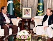 اسلام آباد: صدر مملکت ممنو حسین سے وزیر اعظم نواز شریف ملاقات کر رہے ..
