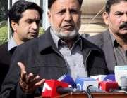 لاہور: پنجاب اسمبلی کے اجلاس کے موقع پر اپوزیشن لیڈر میاں محمود الرشید ..