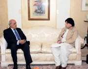 اسلام آباد: وزیر داخلہ چوہدری نثار علی خان سے گورنر پنجاب ملک محمد رفیق ..