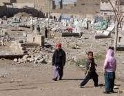 کوئٹہ: شہر اور گرد و نواح میں کھیل کے میدان نہ ہونے کی وجہ سے بچے ایک ..