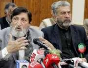 پشاور: پاکستان تحریک انصاف کے ممبر قومی اسمبلی عثمان ترائی پریس کانفرنس ..